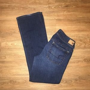 AMERICAN EAGLE KICK BOOT STRETCH SZ 8 SHORT JEANS